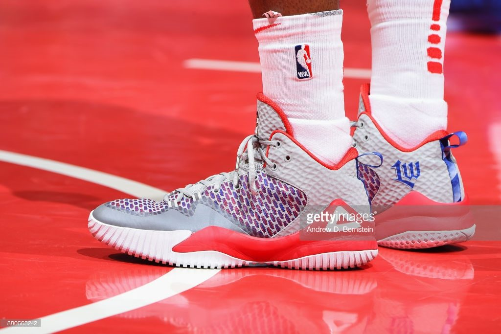 Lou Williams con las Peak Streetball Master Edition