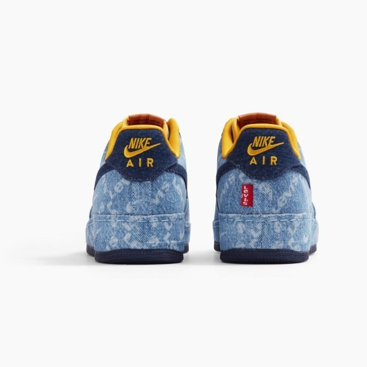 NIKE BY LEVI'S®